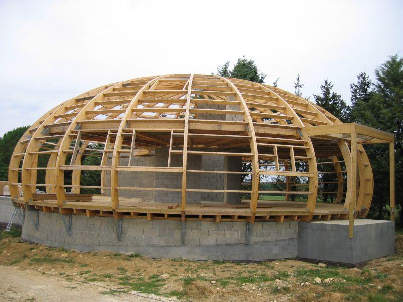 maison ronde ossature bois